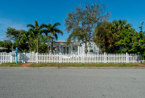 North Lake Worth: Eden Place