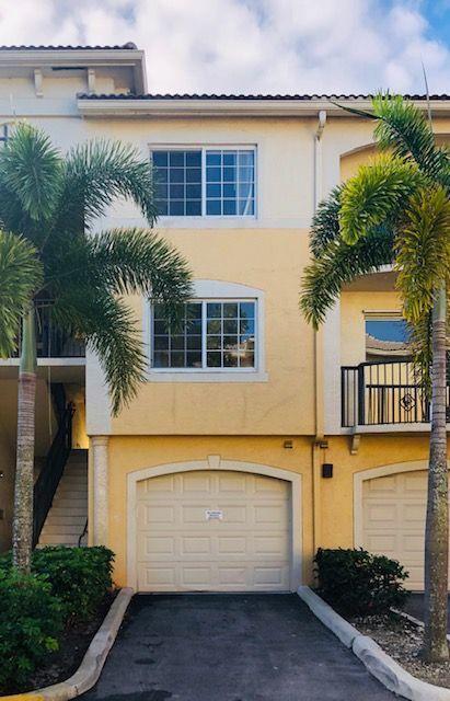 1400 Crestwood Court 1410 Royal Palm Beach, FL 33411