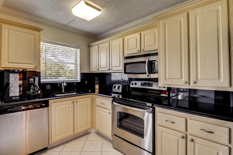 3959 Via Poinciana 206 Lake Worth, FL 33467 photo 5