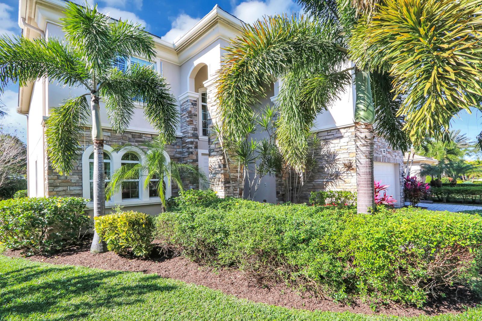 767 Edgebrook Lane West Palm Beach, FL 33411 photo 3