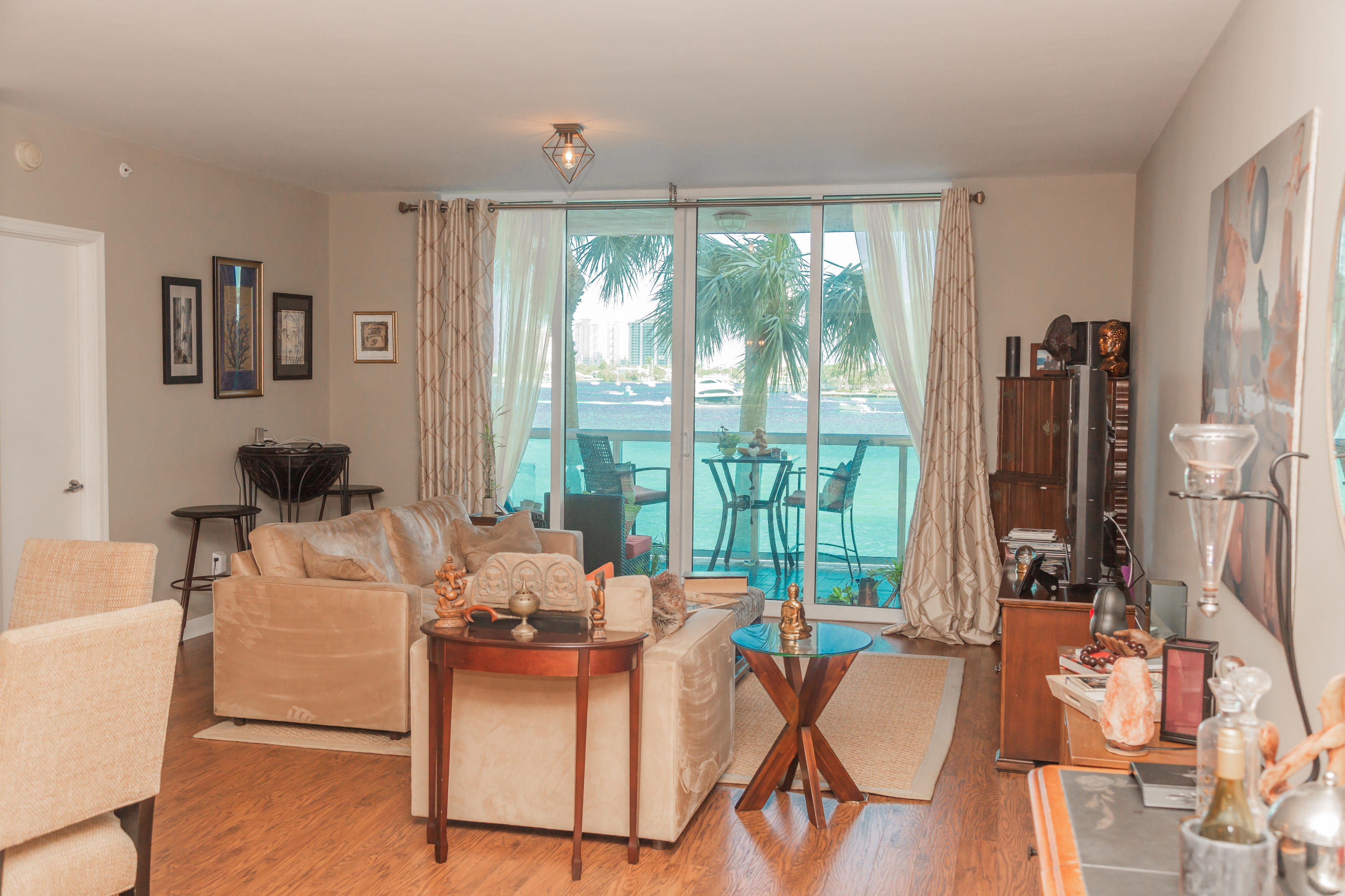 2640 Lake Shore Drive 208, Riviera Beach, Florida 33404, 3 Bedrooms Bedrooms, ,3 BathroomsBathrooms,A,Condominium,Lake Shore,RX-10595375