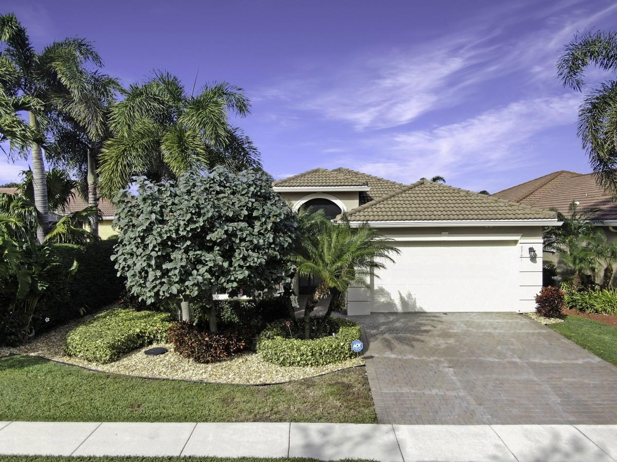 6761 Watertown Drive  Boynton Beach, FL 33437