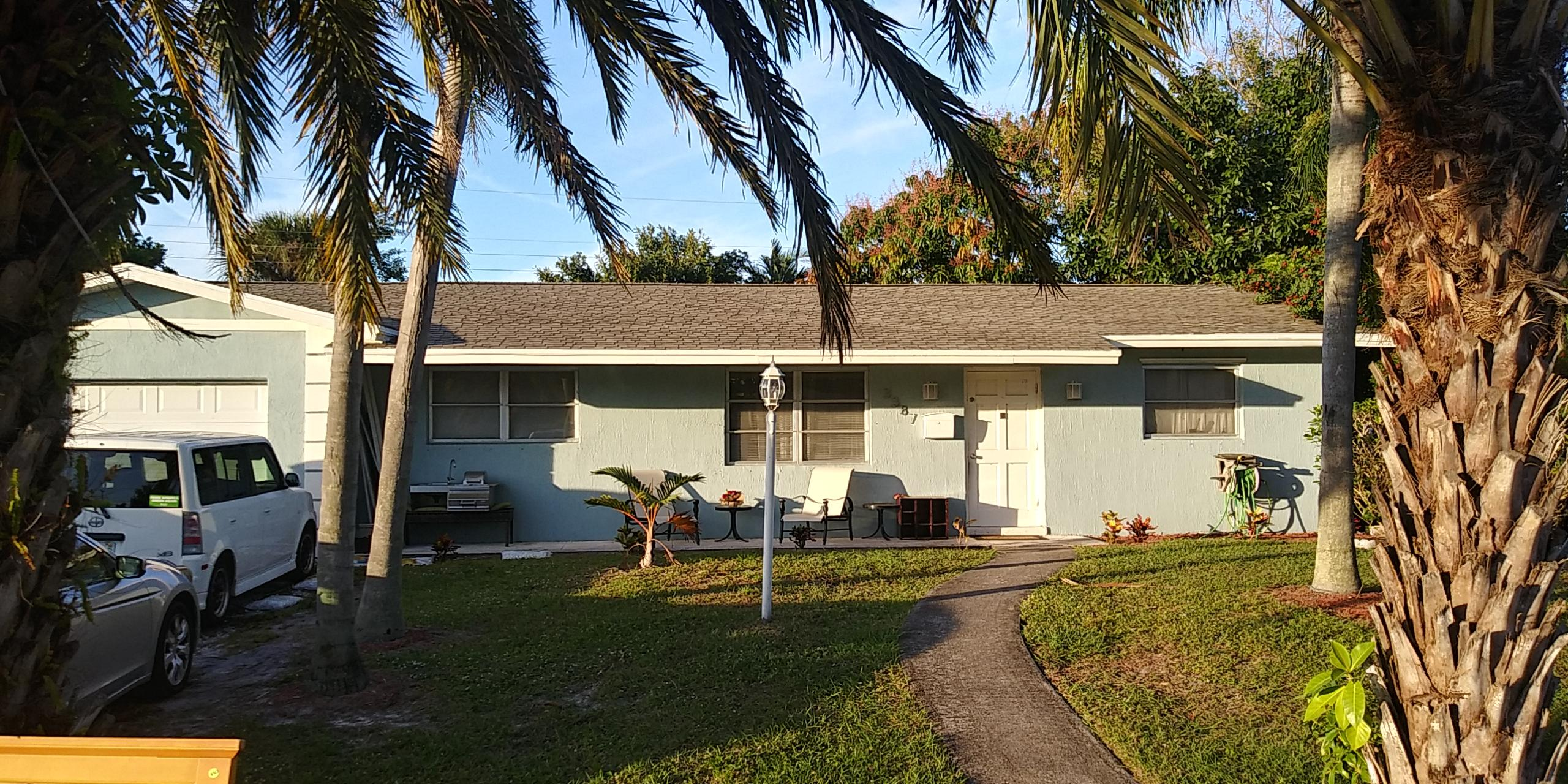 Home for sale in palm beach cabana colony east Palm Beach Gardens Florida