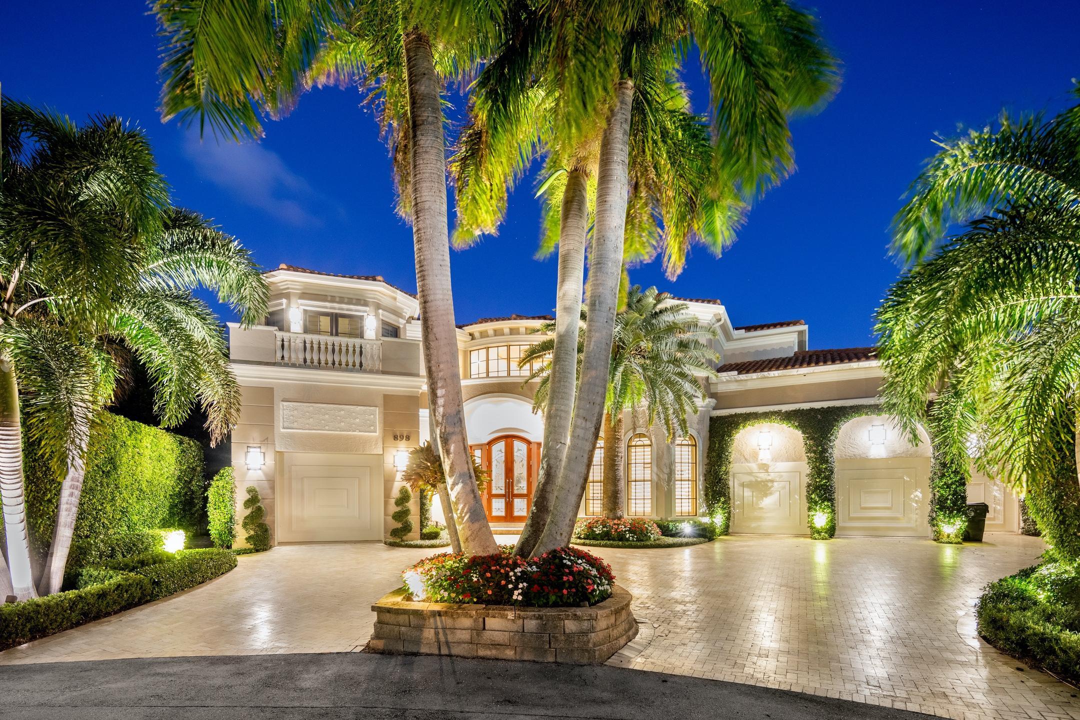 898 Glouchester Street Boca Raton, FL 33487 photo 1