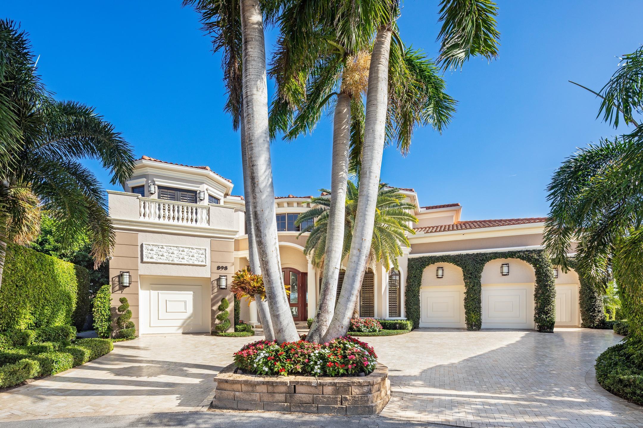 898 Glouchester Street Boca Raton, FL 33487 photo 4