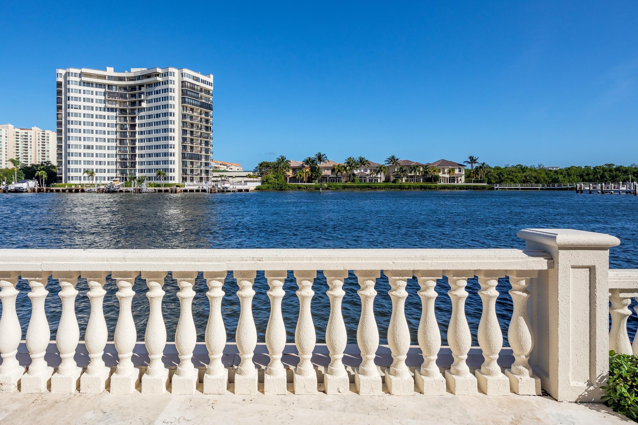 898 Glouchester Street Boca Raton, FL 33487 photo 58