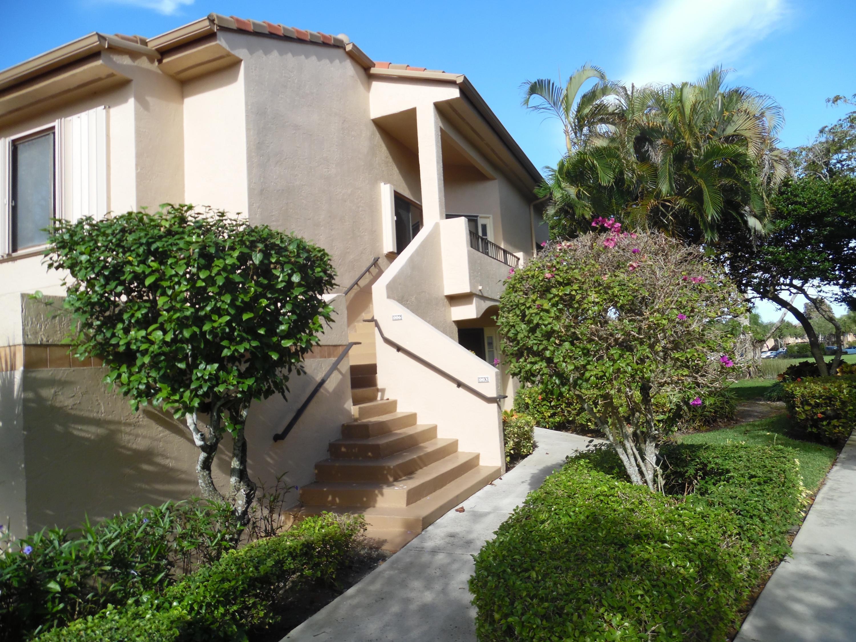 Home for sale in Gleneagles Iv Delray Beach Florida