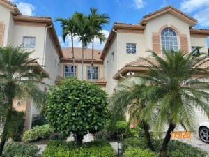 6173  Island  B For Sale 10588140, FL