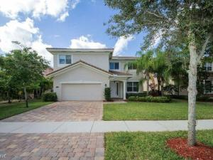 8821  Cobblestone Point Circle  For Sale 10596201, FL