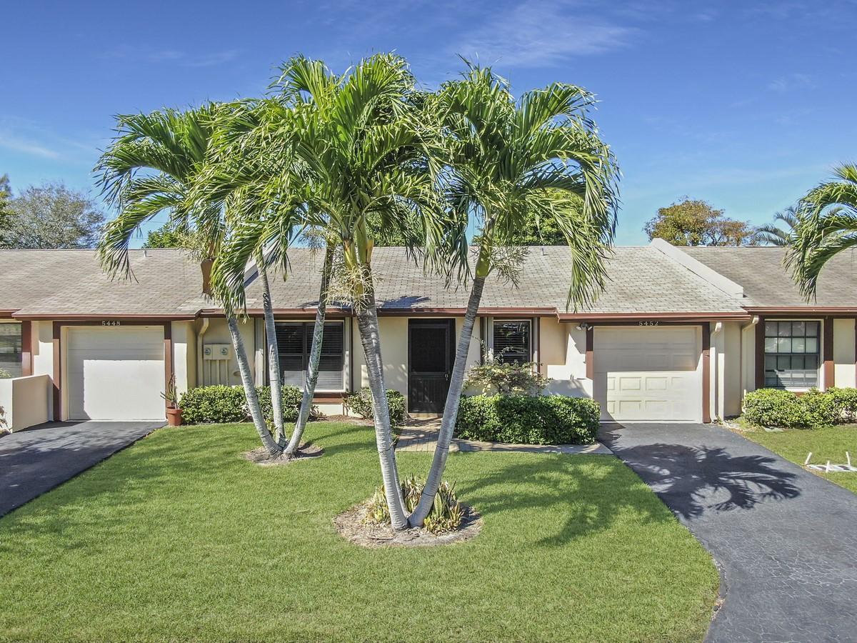 5452 Viburnum Circle  Delray Beach, FL 33484