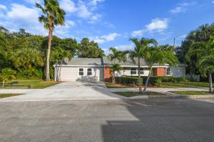 2300  Ridgeway Avenue  For Sale 10596547, FL