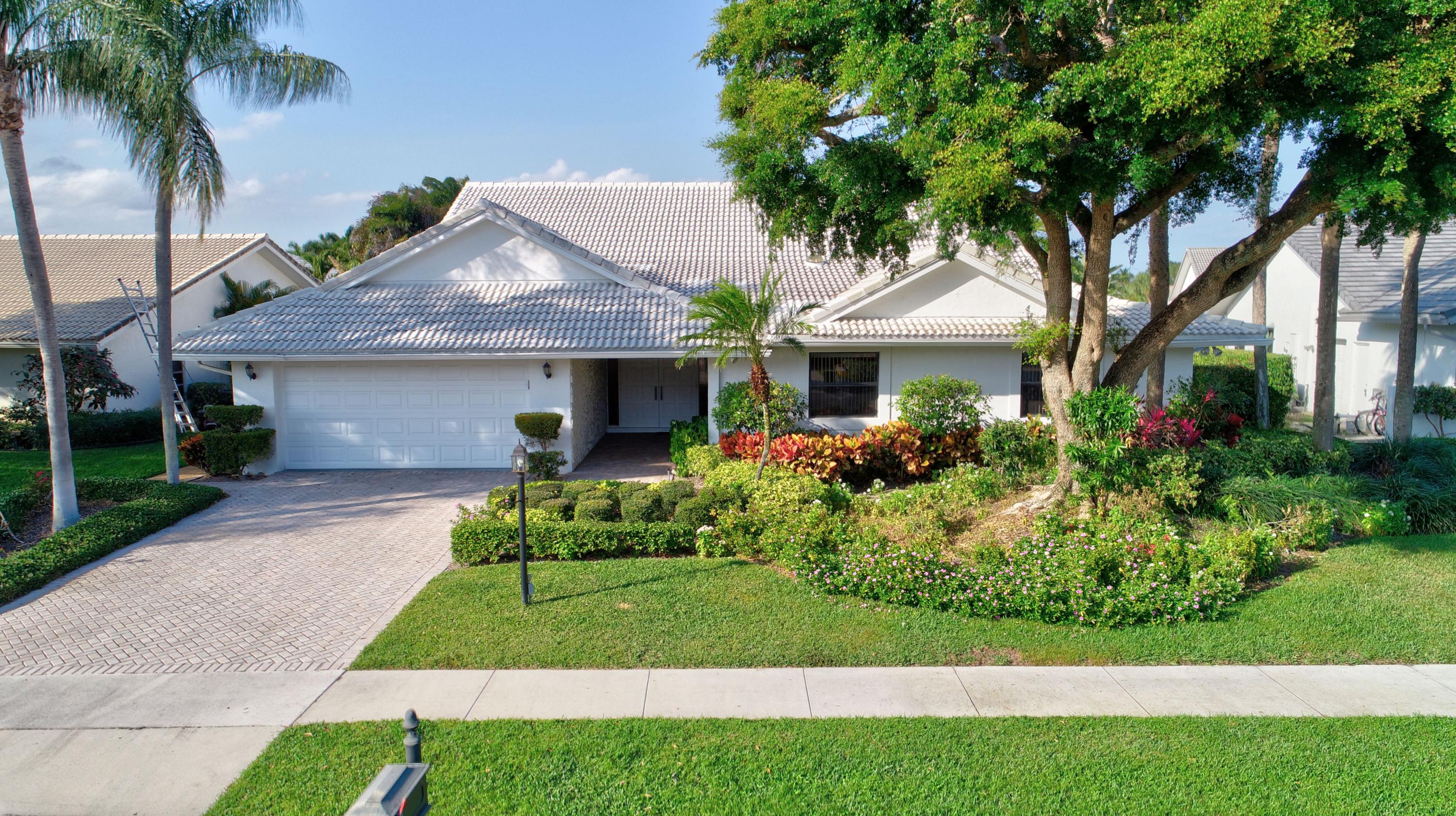 3707 Red Maple Circle  Delray Beach, FL 33445