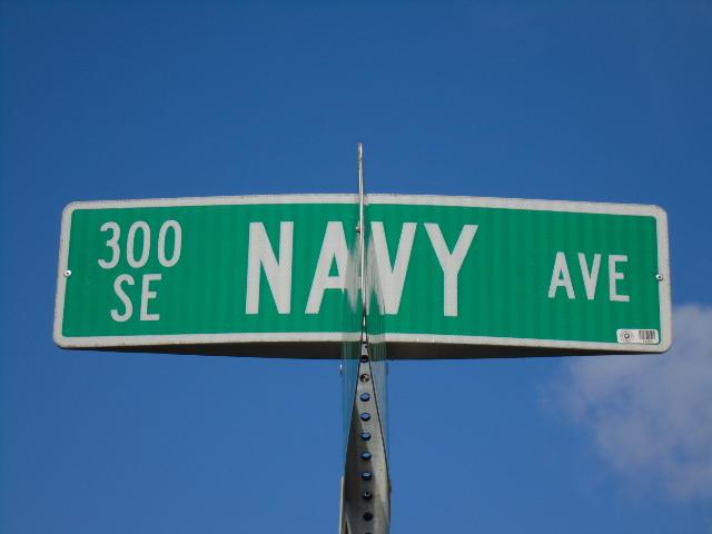 321 Navy Avenue Se