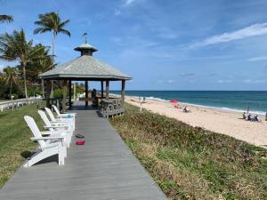 5505 N Ocean Boulevard 10-203 For Sale 10597039, FL