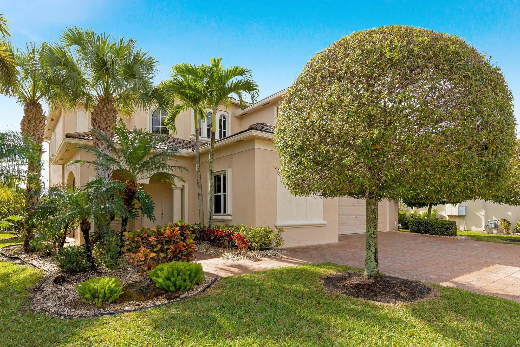 Home for sale in black diamond ph 1 Wellington Florida