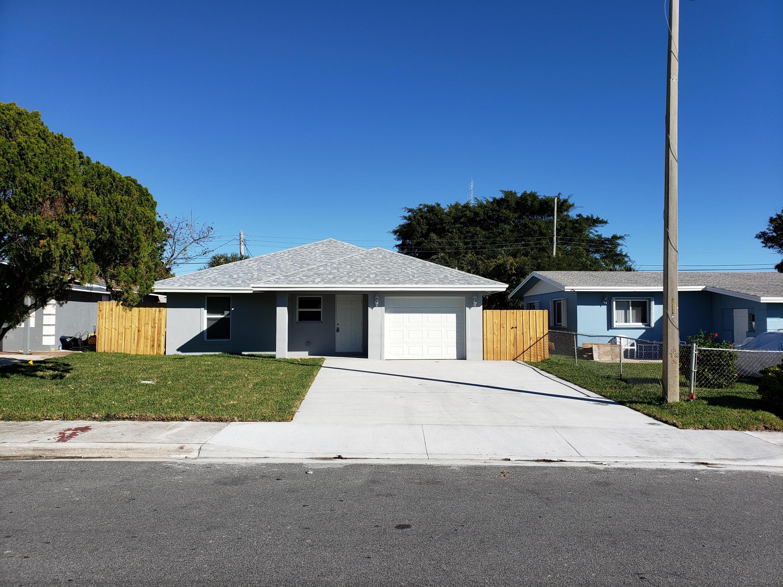 Photo of 553 NW 12th Avenue, Boynton Beach, FL 33435