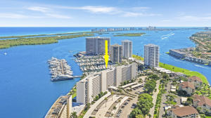 124  Lakeshore Drive G-36 For Sale 10597998, FL