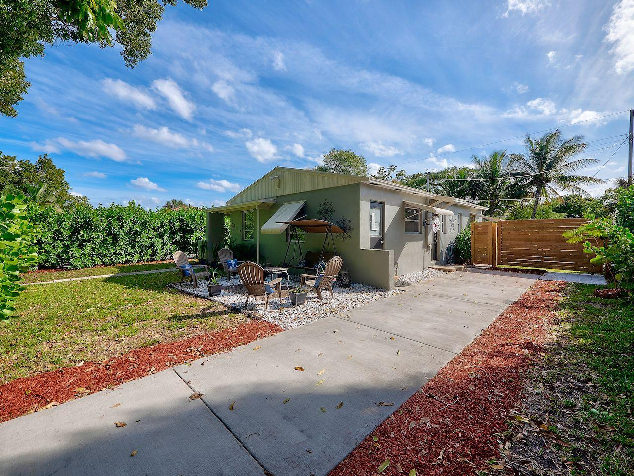 Home for sale in PARKER ESTATES West Palm Beach Florida