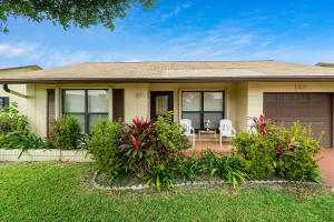 2045 SW 17th Circle  For Sale 10598257, FL