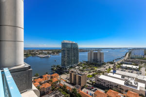 222  Lakeview Avenue Ph1 For Sale 10598391, FL