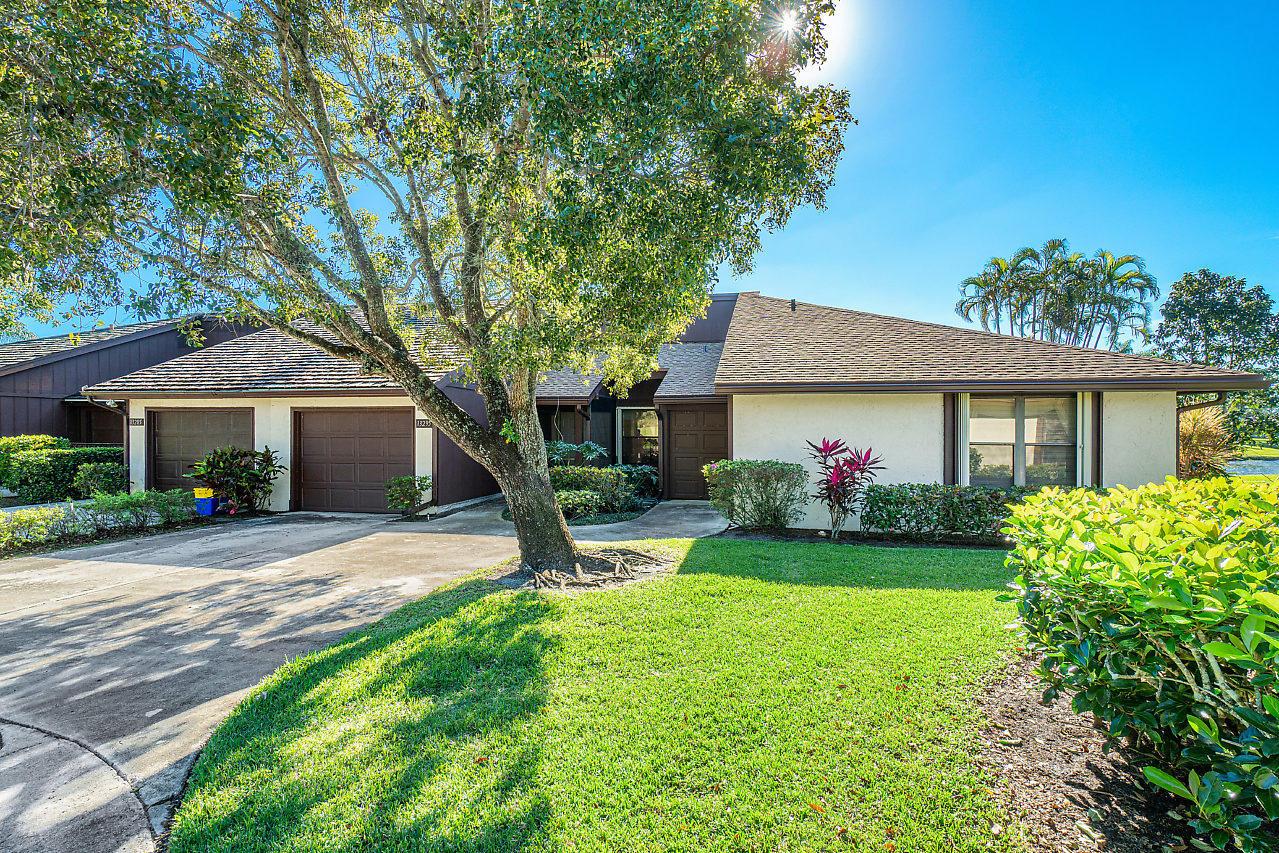 Photo of 13295 Crosspointe Drive, Palm Beach Gardens, FL 33418