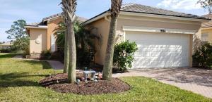 9986 SW Chadwick Drive  For Sale 10598600, FL