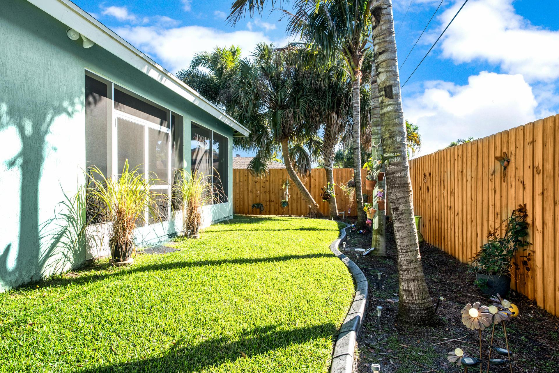 9180 Melody Road Lake Worth, FL 33467 photo 21