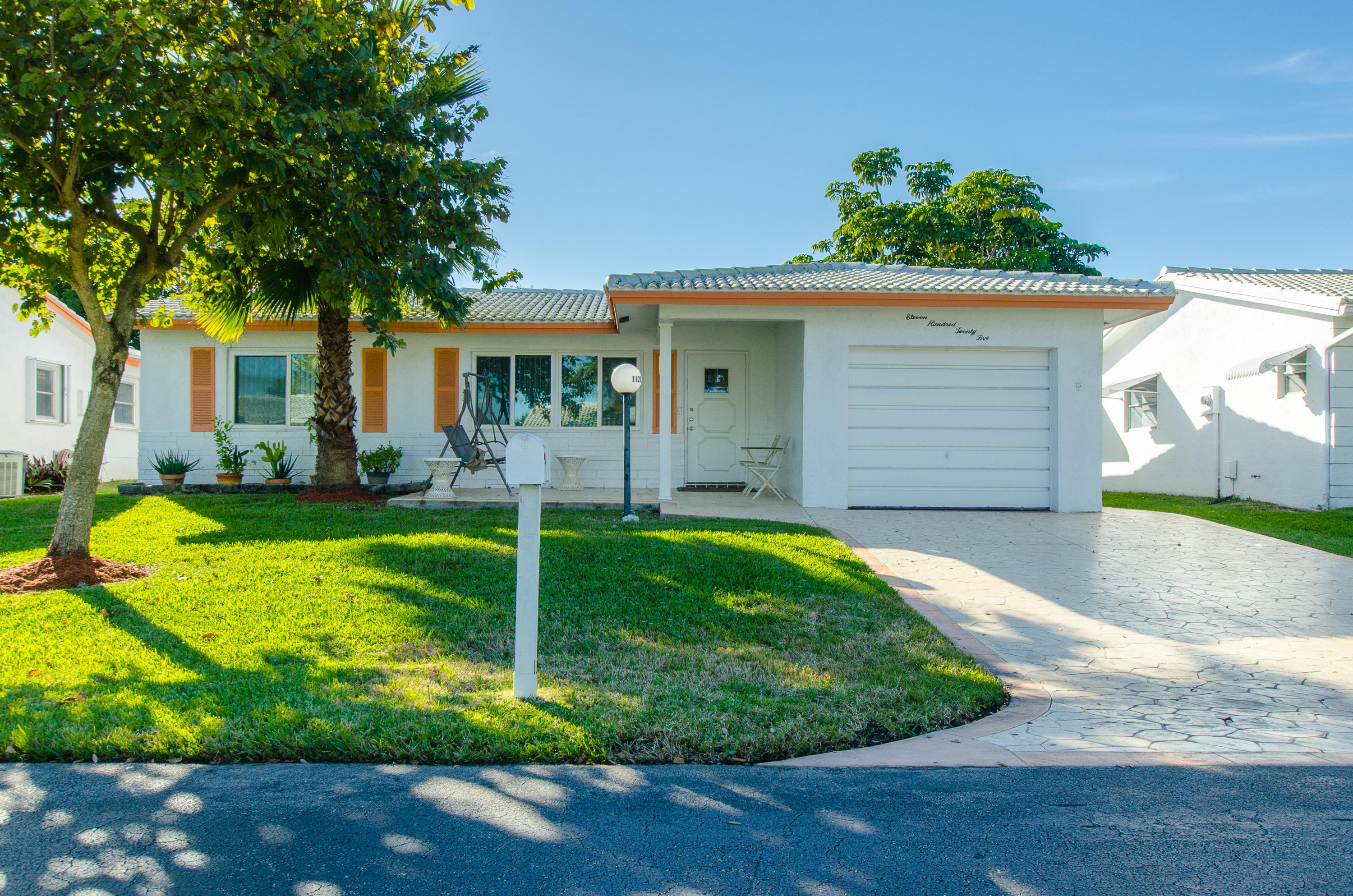 Home for sale in LAUDERDALE WEST Plantation Florida