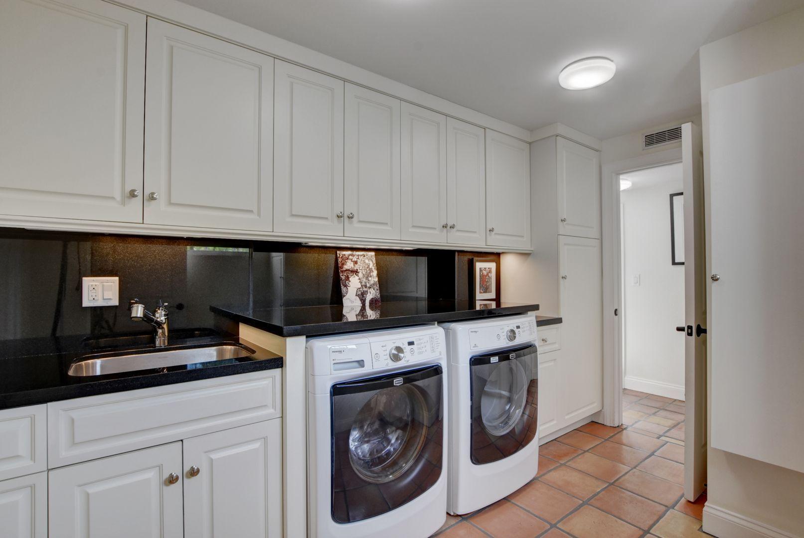 54_Laundry Room:Storage