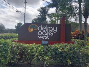Delray Oaks West Condo