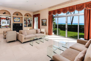 100  Worth Avenue 100 For Sale 10599199, FL