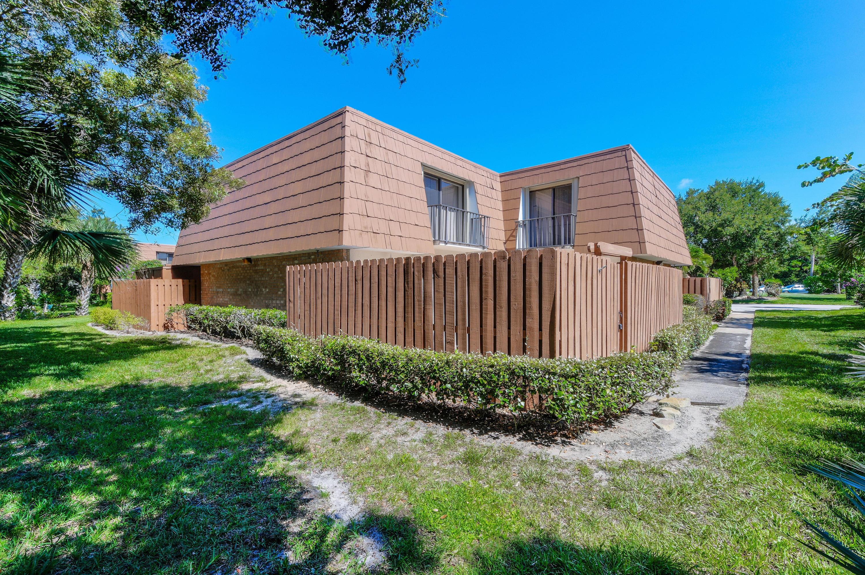 5894 SE Riverboat Drive - Stuart, Florida