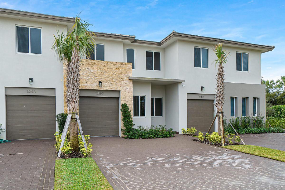 1050 Pioneer Way Royal Palm Beach, FL 33411