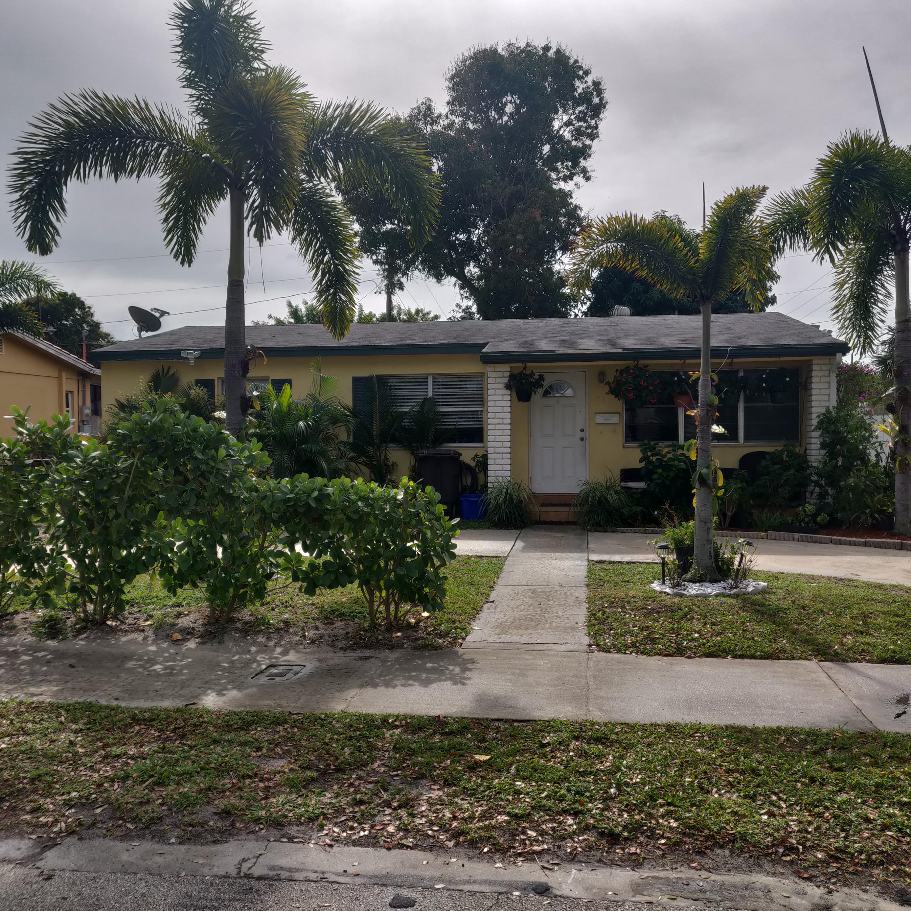 Home for sale in BELVEDERE COURT 4 West Palm Beach Florida