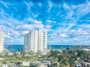3301 S Ocean Boulevard 406 For Sale 10599390, FL