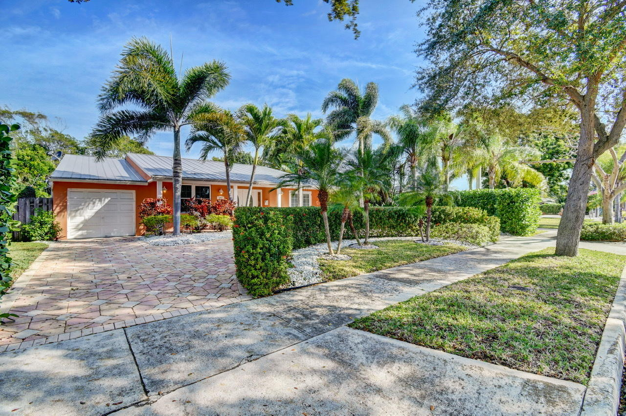 Home for sale in GLADEPORT West Palm Beach Florida