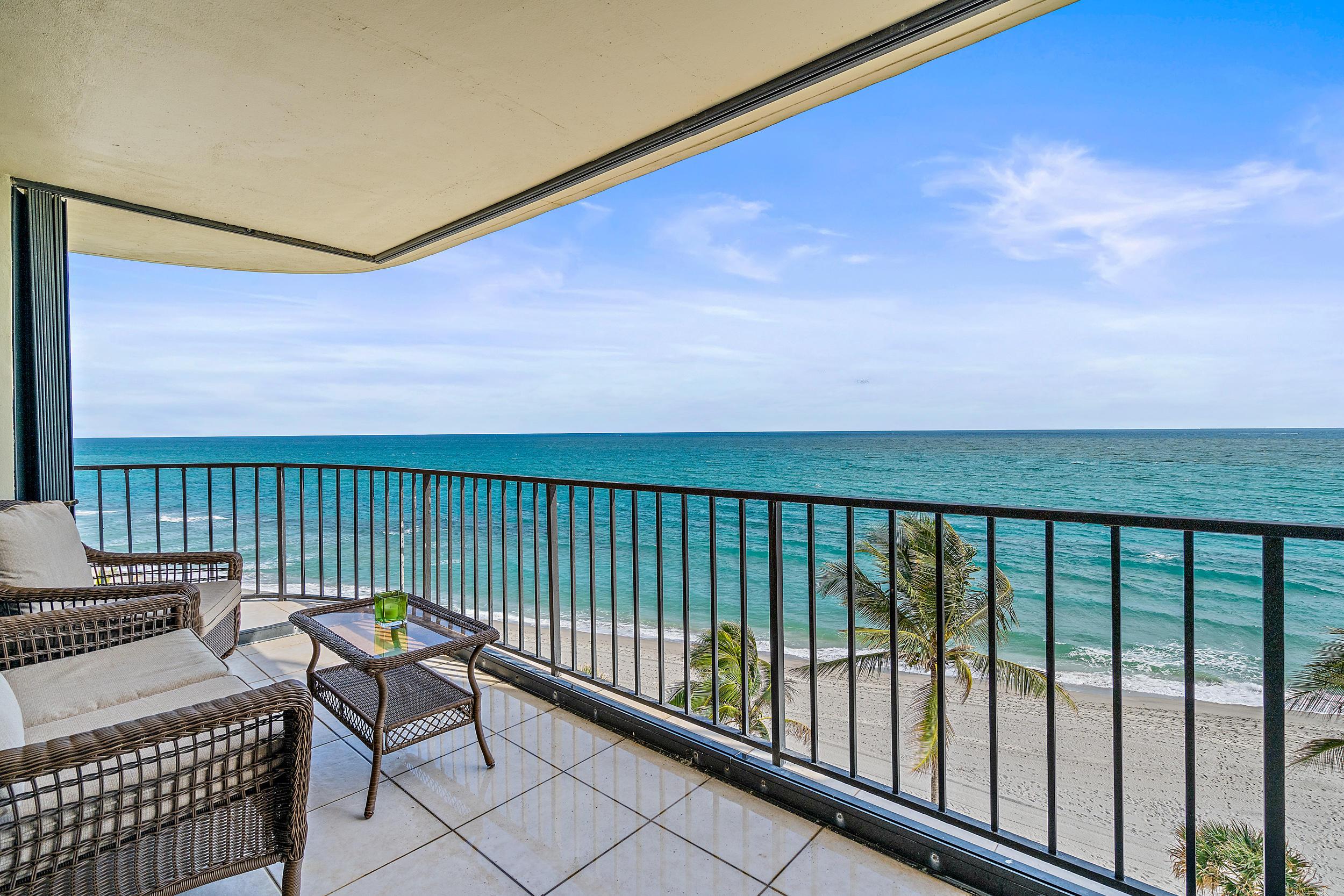 100  Beach Road   601, Tequesta, Florida