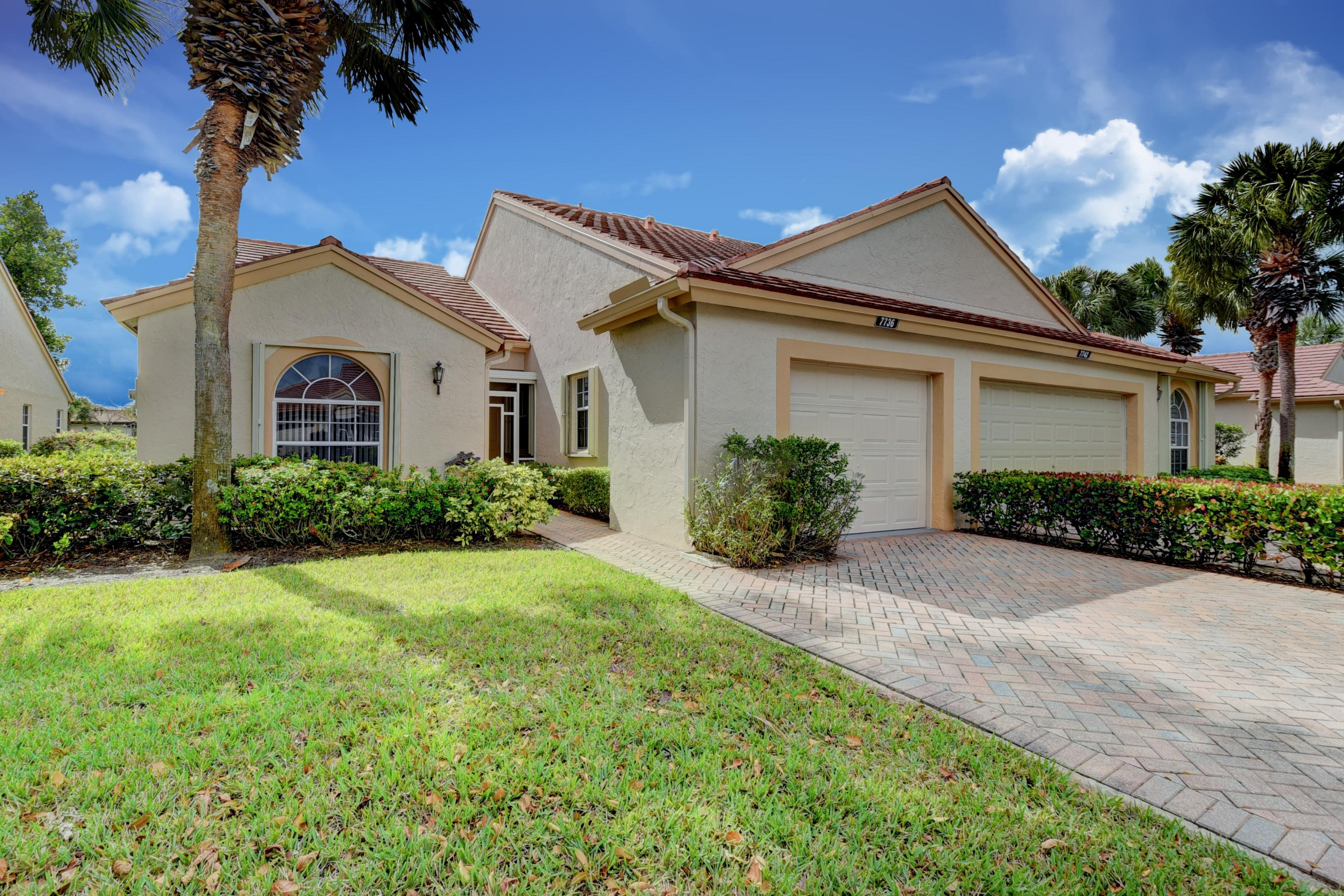 Home for sale in Emerald Pointe Pl 2 Delray Beach Florida