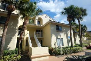 5204  Glenmoor Drive  For Sale 10600065, FL