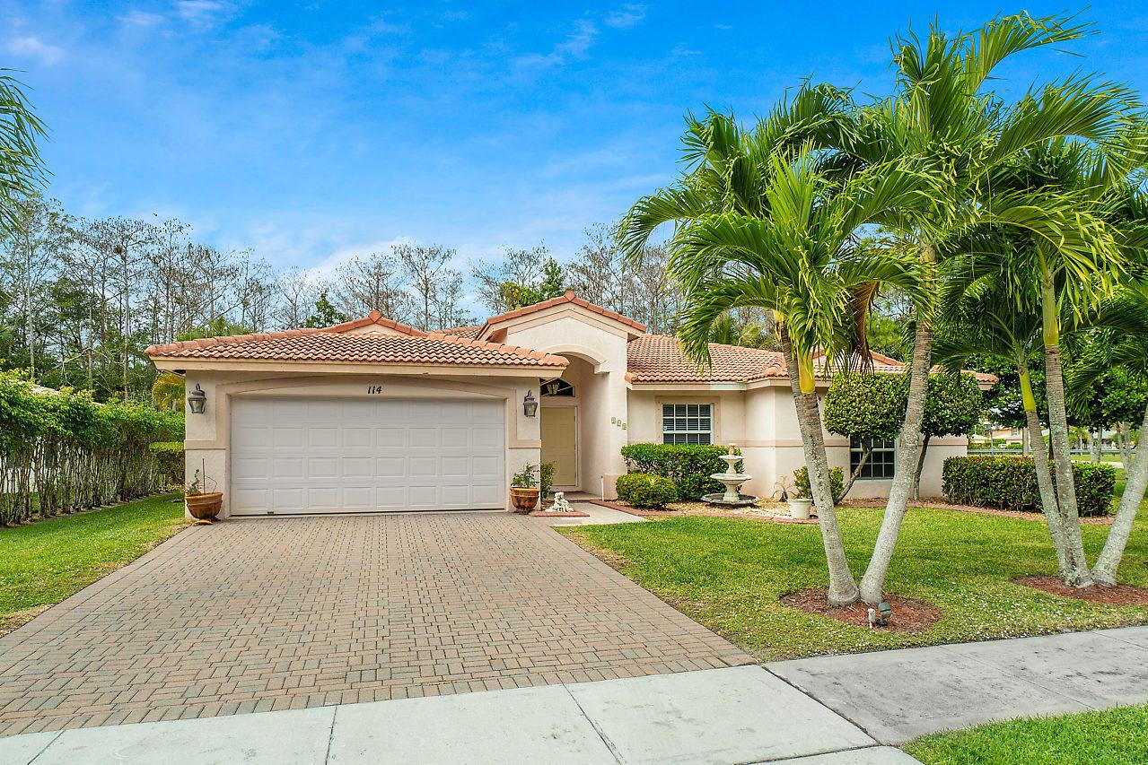 114 Chestnut Circle Royal Palm Beach, FL 33411 photo 4
