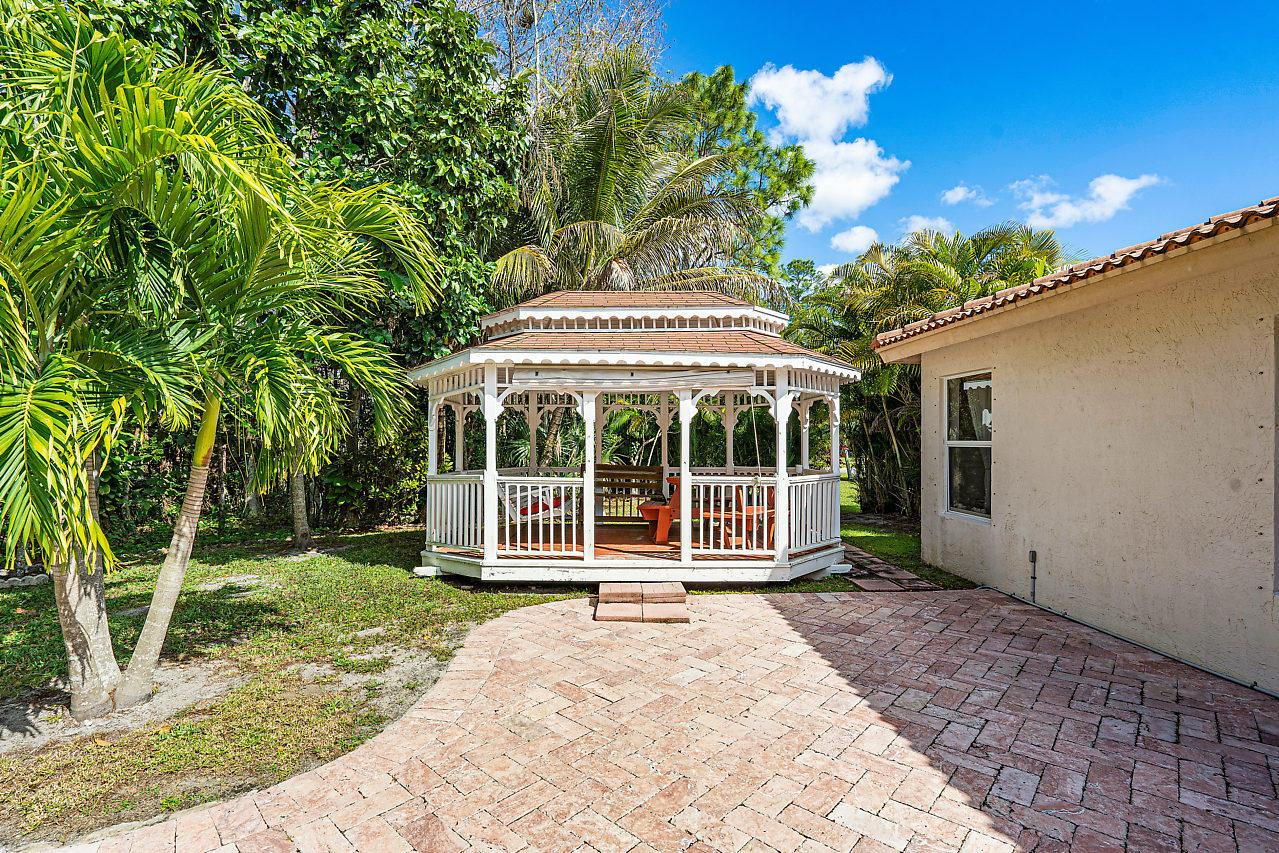 114 Chestnut Circle Royal Palm Beach, FL 33411 photo 25