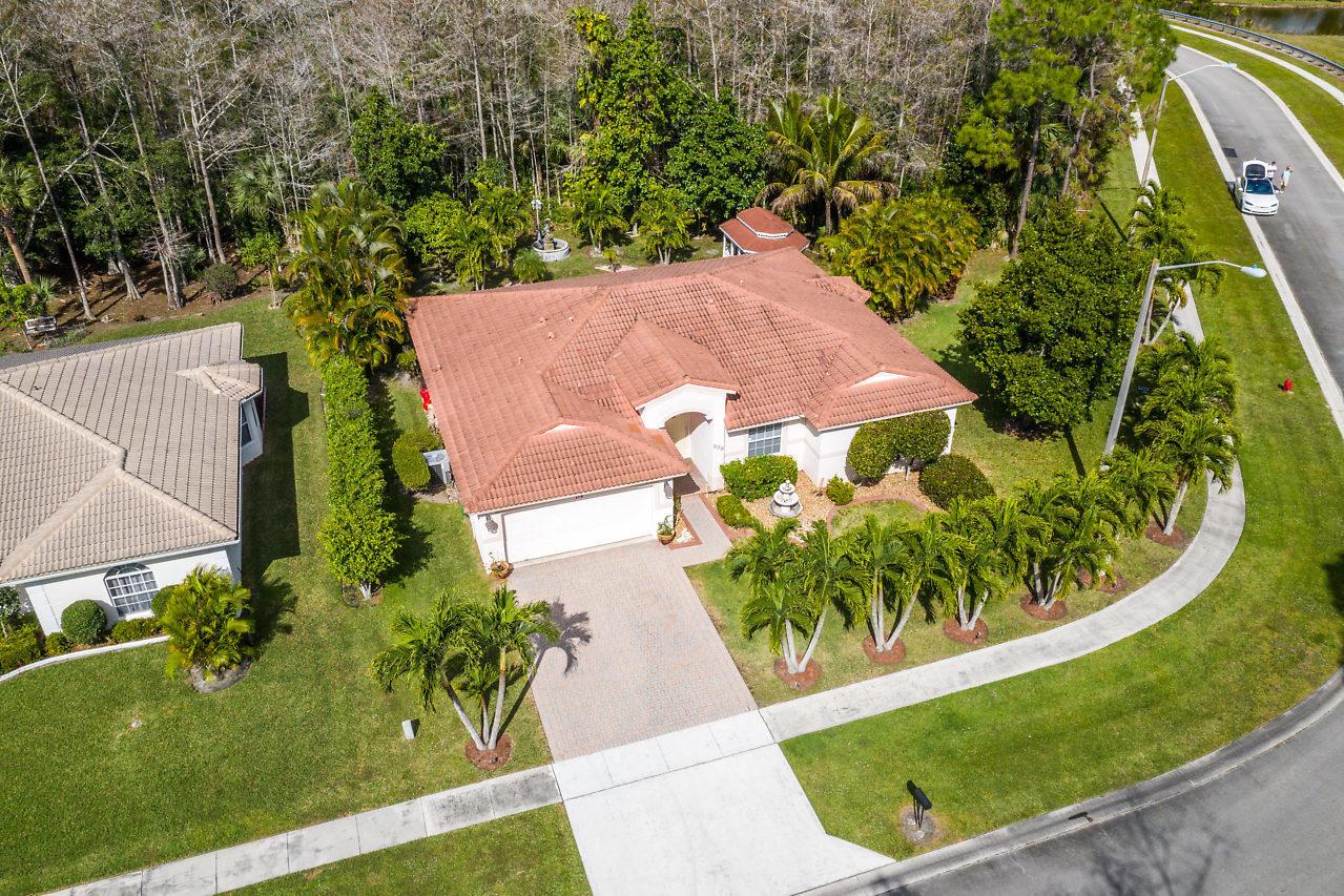114 Chestnut Circle Royal Palm Beach, FL 33411 photo 30