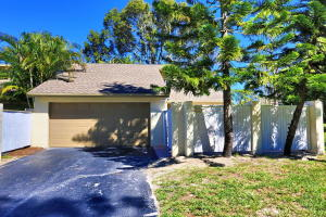 292  Wood Dale Drive  For Sale 10600131, FL