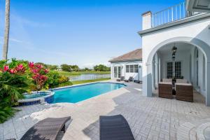 2377  Golf Brook Drive  For Sale 10531363, FL