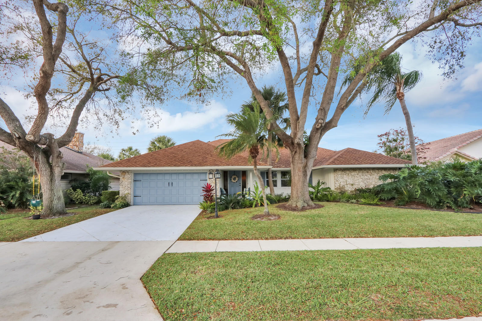 Home for sale in FRENCHMENS LANDING 2 Palm Beach Gardens Florida