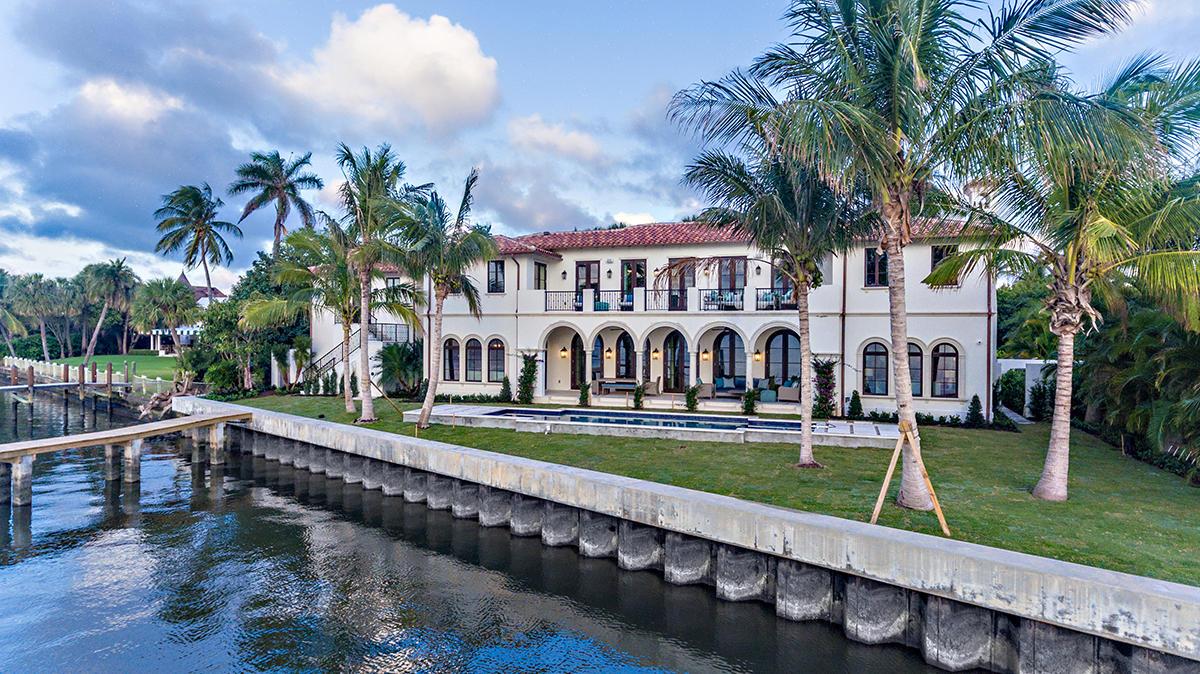 Photo of 235 Via Vizcaya, Palm Beach, FL 33480