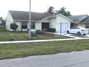 4523  Brook Drive  For Sale 10495333, FL