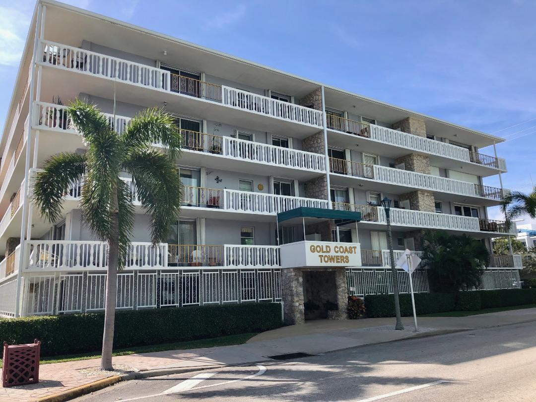 Home for sale in gold coast towers condo Lake Worth Beach Florida