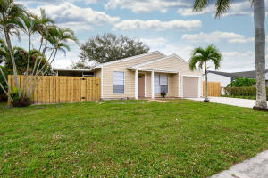 1209  Moonlight Way  For Sale 10600666, FL