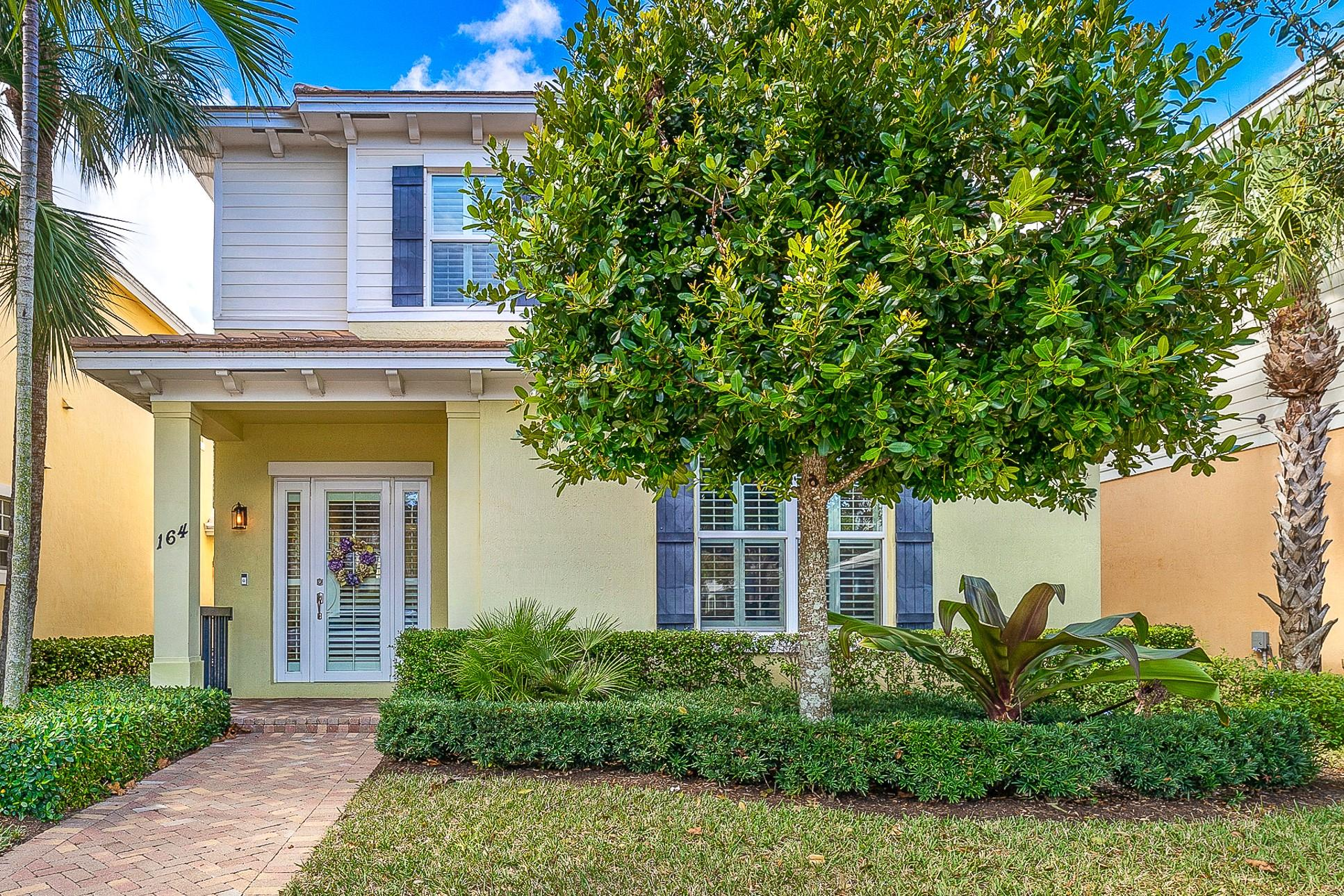 164 W Bay Cedar Circle - Jupiter, Florida